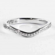 Poppy Pave Round Engagement Matching Band