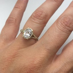 Iris Oval Halo Pave Engagement with 1.02ct G-SI2 Lab-created Oval Center