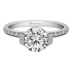 Cava Pave Engagement with a 0.90ct H-SI Round Center Stone
