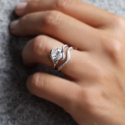 Poppy Oval Pave Engagement